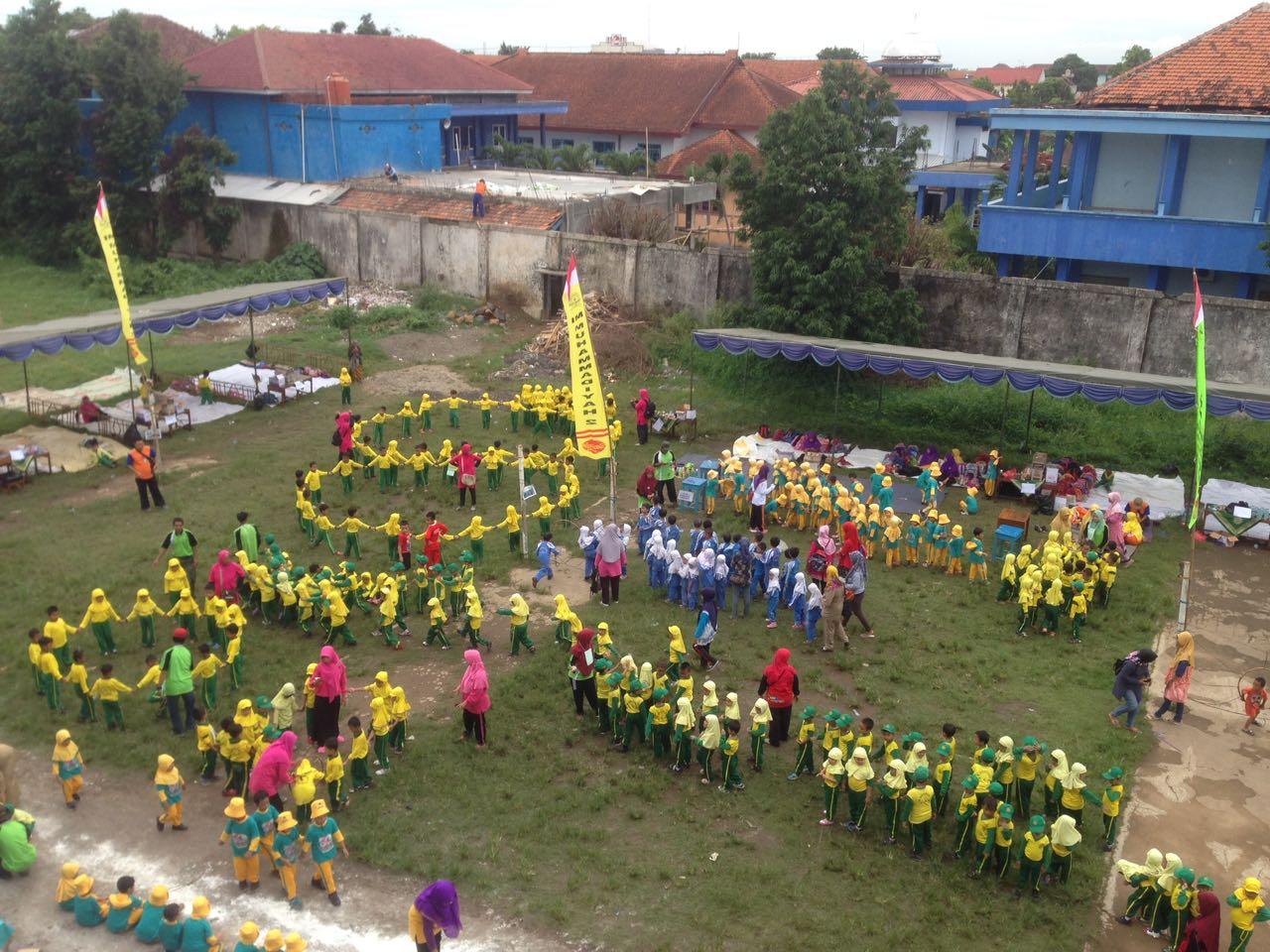 """Milad ke-57, Mimudaku Launching Drumband """"Syiar Nada Mudaku"""" dan 2 Jam Bermain Bersama TK"""